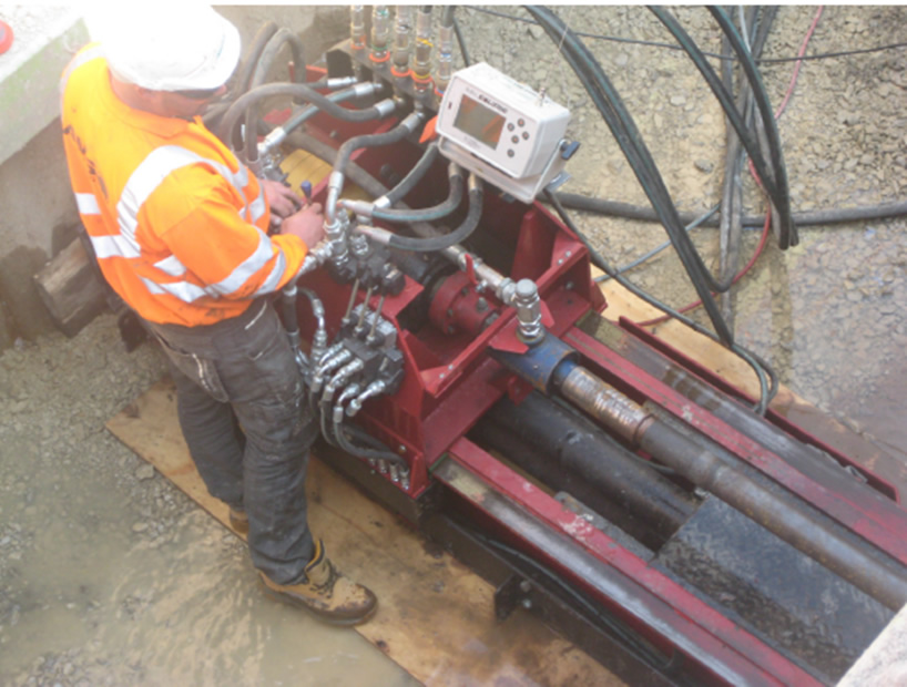 All Hydraulic operation of the Pit Launch directional drilling rig