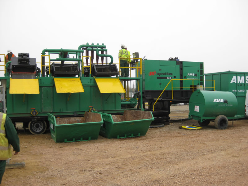 AMS No-Dig's Mud Recyclying unit in use at Sizewell B